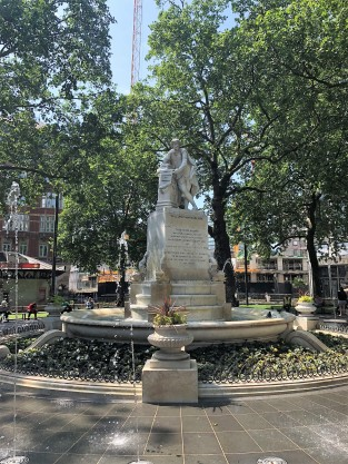 shakespeare fountain