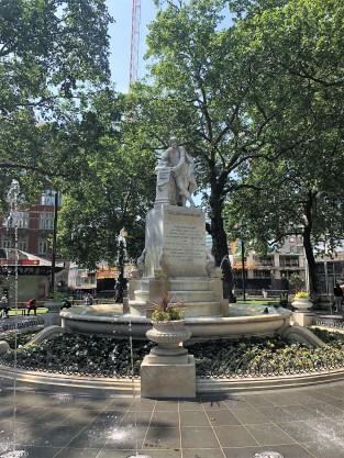 shakespeare fountain